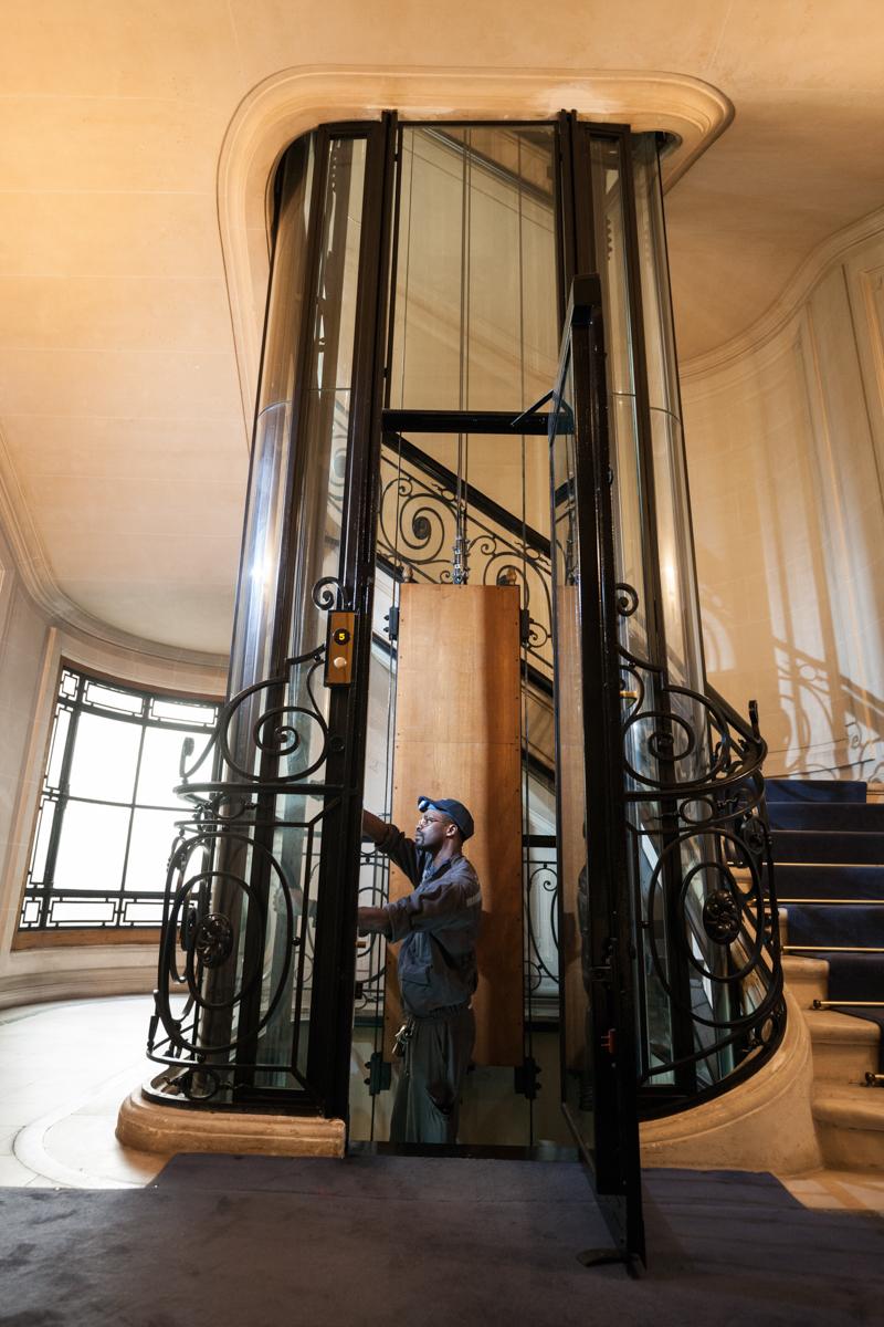 Ascenseur en panne, le guide – première partie