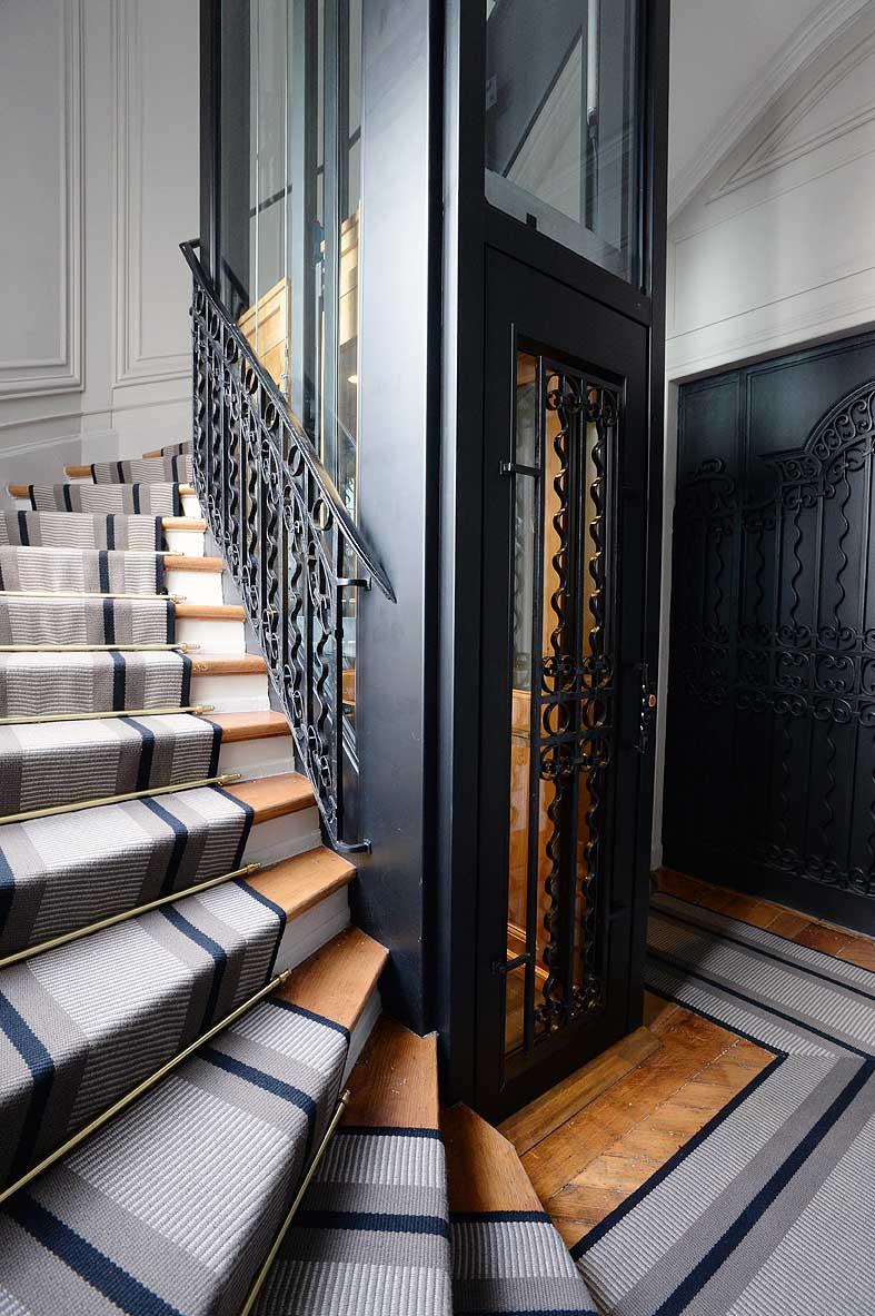 Ascenseur sur-mesure, entre modernité et tradition