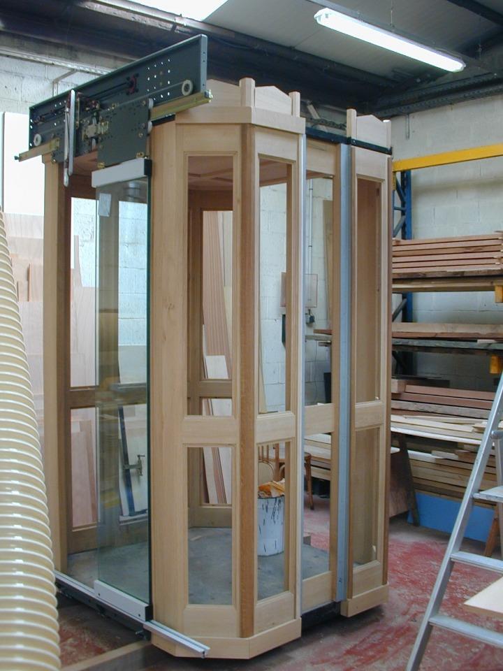 Bureau d'étude Drieux-Combaluzier : les dessous de la création d'un ascenseur parisien d'exception